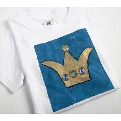 T-Shirt, verziert mit goldener Krone und Strass