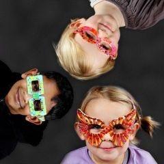 Phantasievolle Pappbrillen