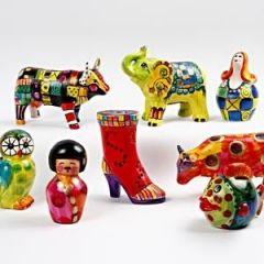 Die Bemalung von Terrakotta-Objekten