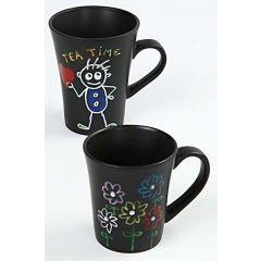 Zeichnungen mit Glas- und Porzellan-Marker auf schwarzem Porzellan