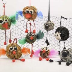 Tierfiguren aus Metallschwämmen und Pop Up Line