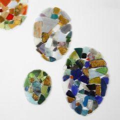 Eier aus Hartfolie, dekoriert mit Mosaik