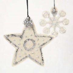 Stern und Schneeflocke aus Filz mit Blattmetall und Charms
