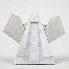 Ein Engel, gefaltet aus Vivi Gade Design-Papier