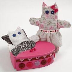Bemalte Box mit kleinen Teddybären aus Bio-Baumwolle