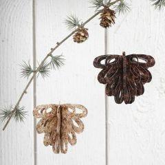 Ausgestanzte Tannenzapfen aus Vivi Gade Design Papier