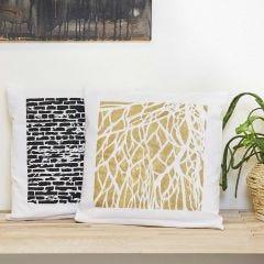Kissenhüllen verziert mit Art Metall-Farbe und Schablonen