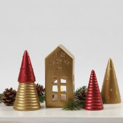 Weihnachtliche Deko-Elemente, bemalt mit Art Metal Farbe