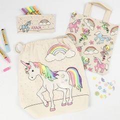 Stiftmäppchen, Einkaufsbeutel und Beutel mit Kordelzug - gestaltet und verziert mit Stoff-Markern, Glitter und Pailletten