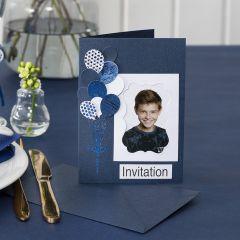 Einladung mit Foto, verziert mit Ballons und Dekofolie