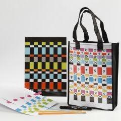 Einkaufstasche und Set aus Papierstreifen