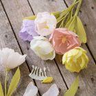 Tulpenblüten aus Krepppapier