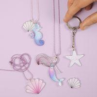 Schlüsselring, bestückt mit Anhänger aus Schrumpffolie im Meerjungfrauen- und Meerestier-Design