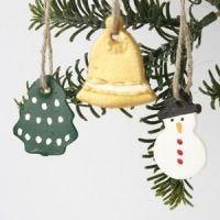 Weihnachtsbaumanhänger aus Ton