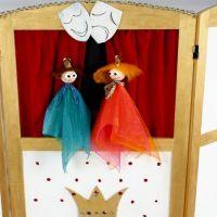 Ein Puppentheater basteln