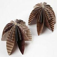 Blumen aus Origami-Papier