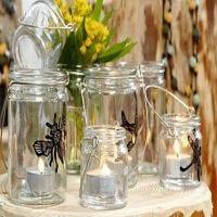 Glaslaterne mit Insekten bemalt