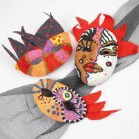 Maskenverzierung im Stil