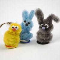 Kleine Tiere aus Pfeifenreinigern und Silk Clay
