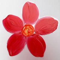 Eine auf Hartfolie gemalte Blume