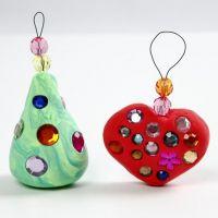 Silk Clay Weihnachtsanhänger mit Stasssteinen