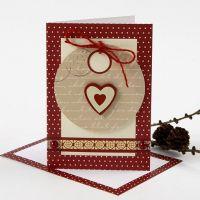 Weihnachtskarte mit Geschenkanhänger und Verzierung von Vivi Gade
