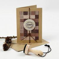 Weihnachtskarte mit Patchwork aus Papier- und Fröbelsternstreifen