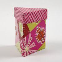 Dreieckige Deckel-Box mit Decoupage