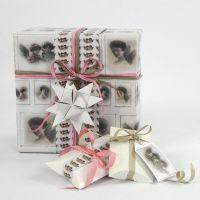 Geschenkverpackung mit Vivi Gade Geschenkpapier aus der Skagen Serie