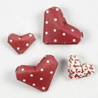 Mini-Herzen aus Papierstreifen