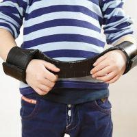 Utensilien für Rollenspiele - Handschellen aus Schaumgummi