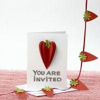 Einladung mit 3D-Erdbeeren aus strukturiertem Papier