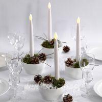 Weihnachtsdeko mit LED-Kerzen
