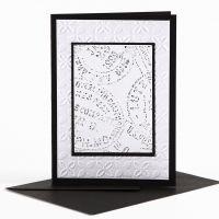 Doppelkarte mit geprägten Schmuckblättern und Wachsstift-Verzierung
