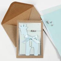 Einladung zur Taufe, verziert mit Giraffe und Buchstabenperlen