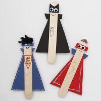 Superhelden-Figuren aus Holz-Eisstielen