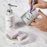 Seifenschale und Seifenspender - dekorativ gestaltet mit farbigen Filzstiften für Glas/Porzellan